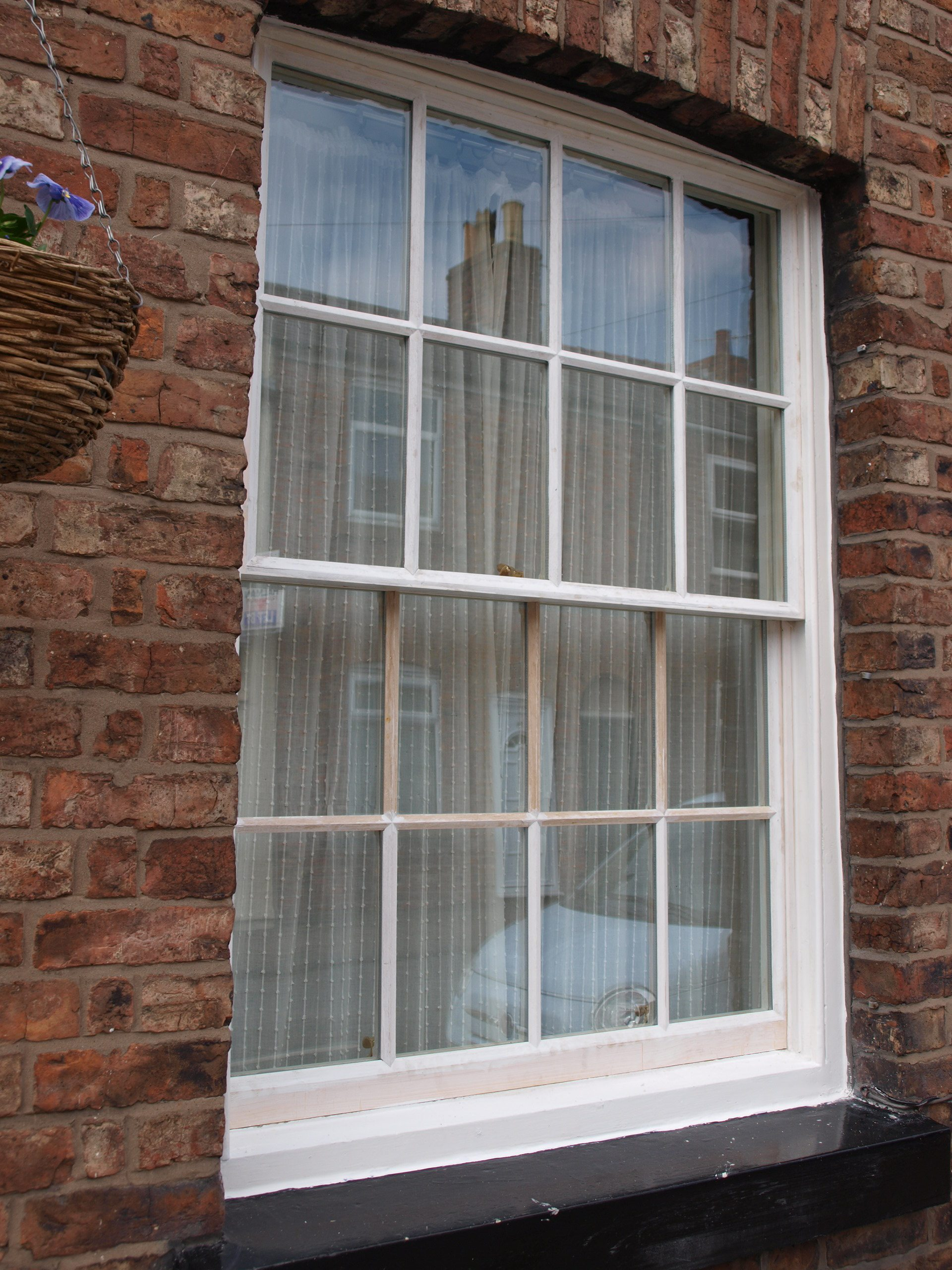 Sash window double glazing restoration double glazing for Double glazing window repairs